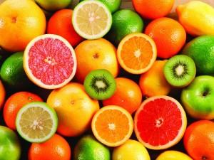 Delicious-fruit-oranges-and-kiwi-fruit_2560x1920