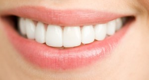 Teeth-Whitening-Myths-Misconceptions-About-Teeth-Bleaching1-507x272